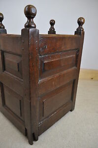 antique-18th-century-panelled-oak-cradle