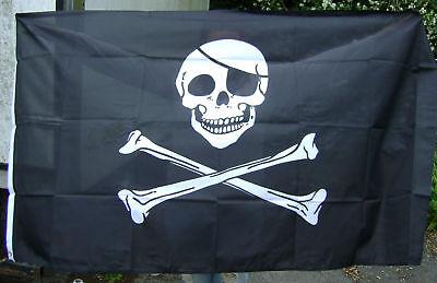 NEW 5 x 3 FOOT (150x90cm) SKULL & CROSSBONES PIRATE FLAG