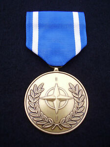 BRITISH-ARMY-PARA-SAS-RAF-RM-SBS-F-S-Military-Medal-amp-Ribbon-NATO-BOSNIA-New
