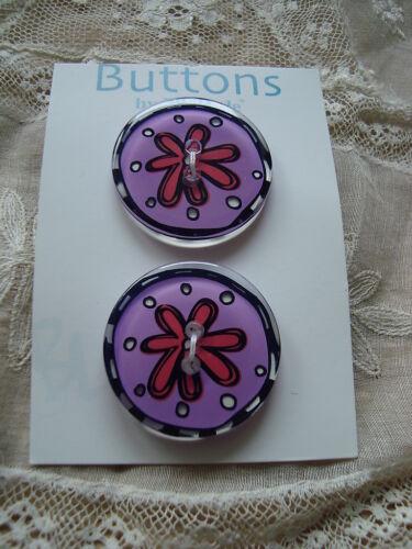 Card La Mode 2 Flower Purple//Orange See Thru Lucite Buttons