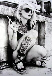 Mens-Sexy-Retro-Punk-Rock-Pop-Sexy-Manga-Cool-Blonde-Vintage-T-Shirt-New-White