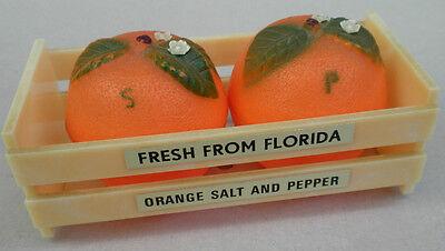 Salt & Pepper Souvenir Florida Oranges in Crate Fruit Hong Kong Hard Plastic Vtg