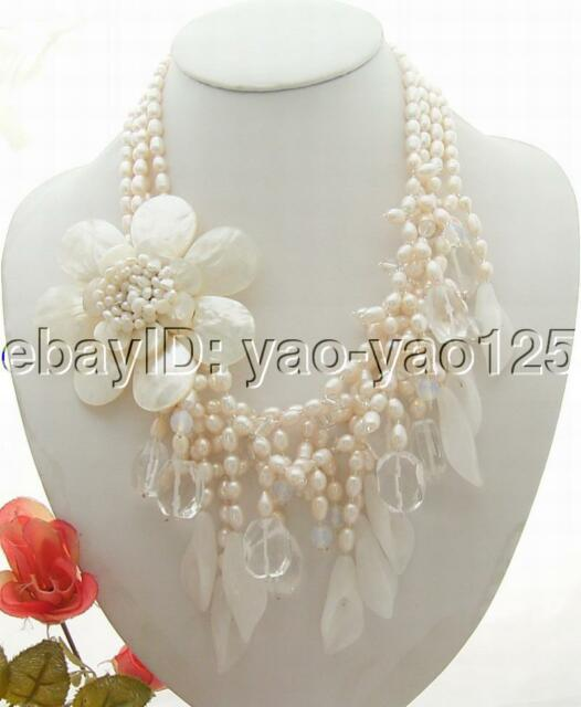 Stunning!  Pearl&Crystal&Jade&Shell Flower Necklace