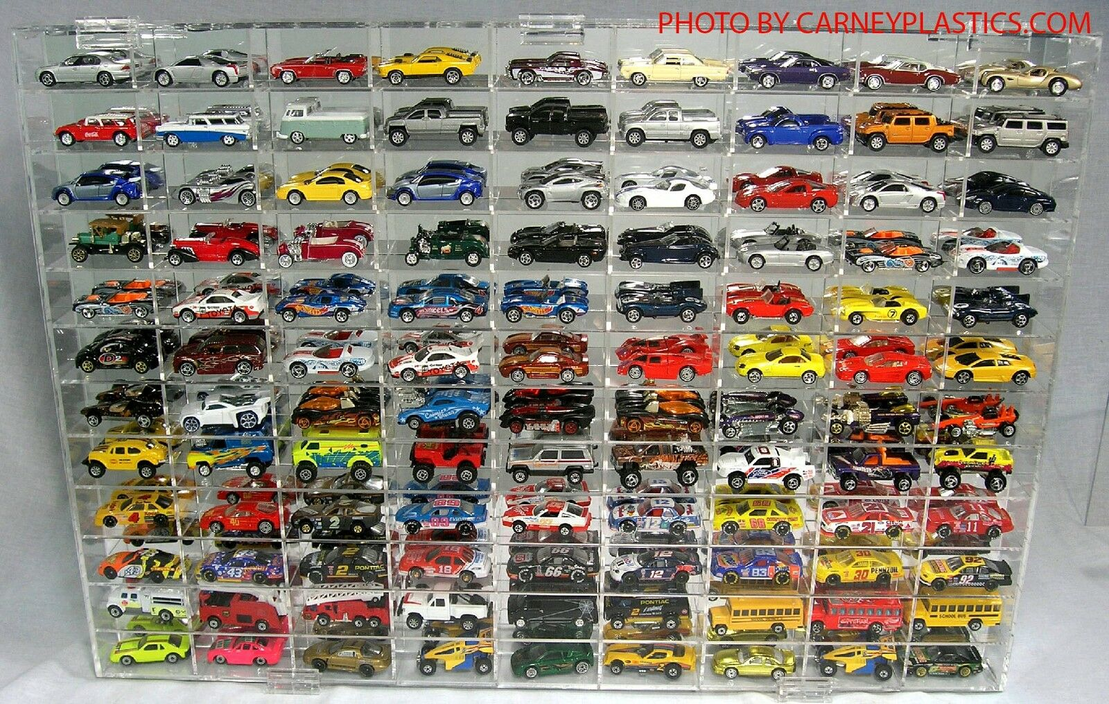 Hot Wheels Display Case 108 COMP 1 64 scale