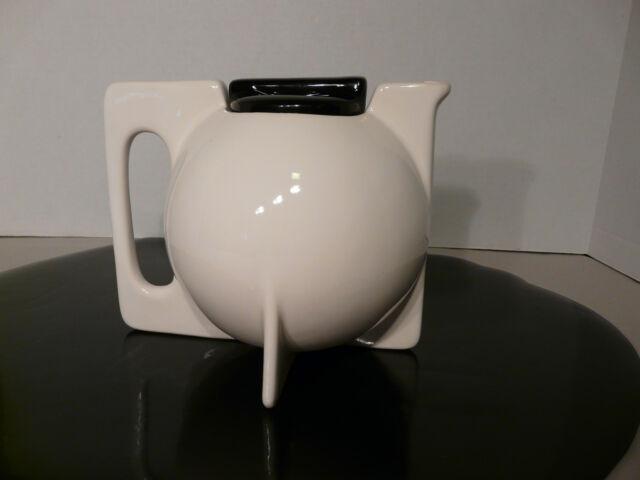Art Deco Mid Century Modern Ceramic Teapot