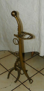 Brass-Harness-and-Horseshoe-Ashtray-Stand-HD15