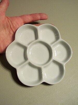 M00239 MOREZMORE Ceramic Porcelain 7-Well Daisy Artist Genesis Paints Palette