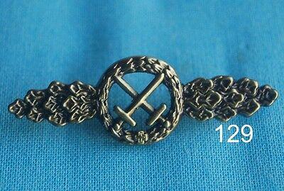 Luftwaffe Schlachtflieger Spange Abzeichen Militär Pin Button Badge 129