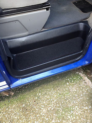 VW T4 CAB STEP MATS IN BLACK (PAIR OF)
