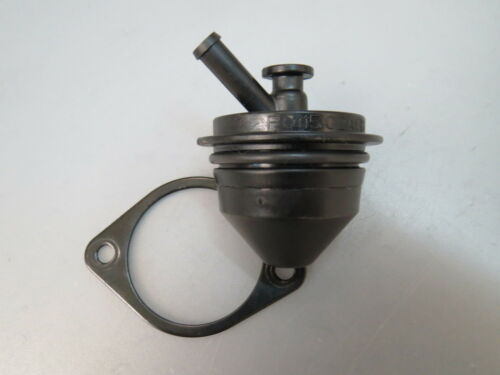 Buell XB 9 XB 12  1125 C R Entlüftungsventil Ventil Valve Fuel  P011502A8B