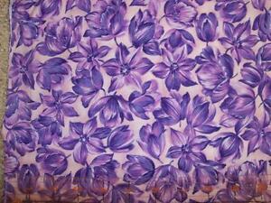 Kings-Road-Dutch-Treat-Purple-Violet-Rose-Hawaiin-Luau-Floral-Quilt-Fabric-5A