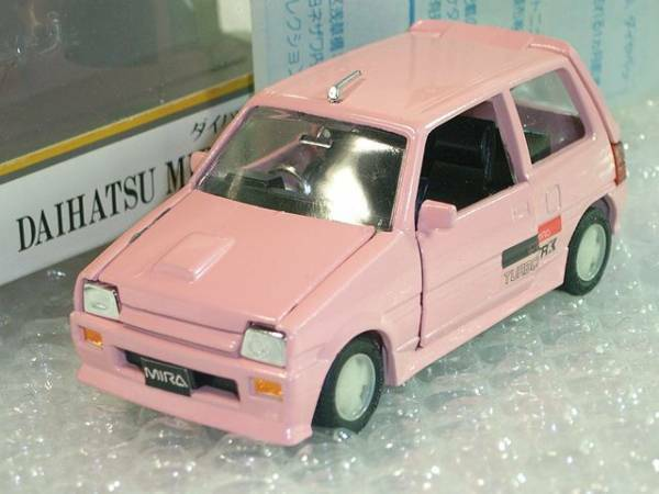 DAIHATSU MIRA CUORE Turbo TR-XX 1 35 1 35 Diecast Diapet rosa, RARE