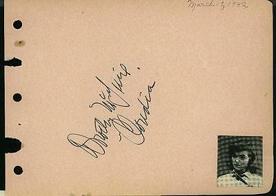 Generous Dorothy Mcguire Vintage Signed Page From Autograph Book & Signed Claudia Great Varieties Autographs-original