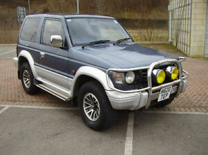 1991-Mitsubishi-Pajero-2-5-Turbo-Diesel-Auto-3-Door-Metallic-Blue