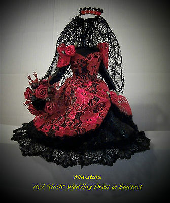 "MINIATURE ""GOTH"" BRIDAL GOWN - RED - WITH BOUQUET"