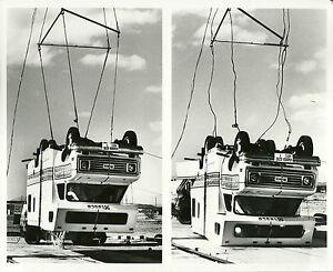 1977 itasca mini camper motor home rv crash test photo from brochure ebay. Black Bedroom Furniture Sets. Home Design Ideas