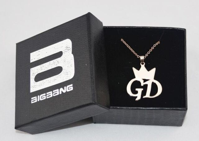 G-DRAGON GD BIGBANG CROWN STYLE NECKLACE FAN MADE NEW