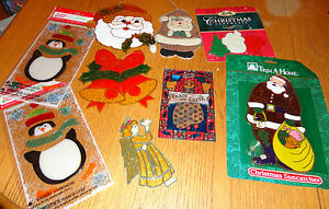 LARGE-LOT-NEW-CHRISTMAS-WINDOW-CLINGS-SUN-CATCHERS-ORNAMENTS-penguin-Santa-angel