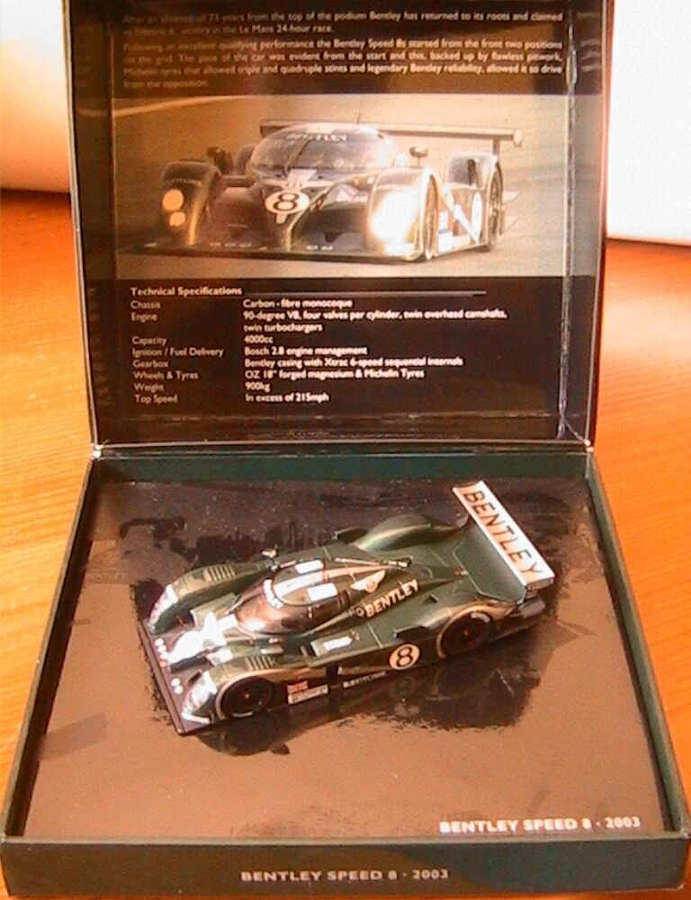 BENTLEY SPEED 8  8 24H LE MANS 2003 HERBERT BRABHAM BlauNDELL MINICHAMPS 1 43