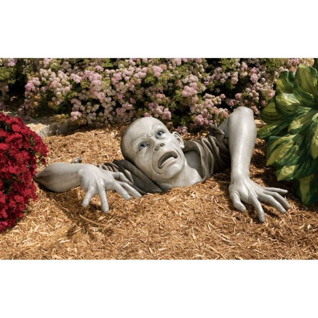 Walking Dead Escaping the Tomb Flesh Hungry Macabre Corpse Zombie Garden Statue