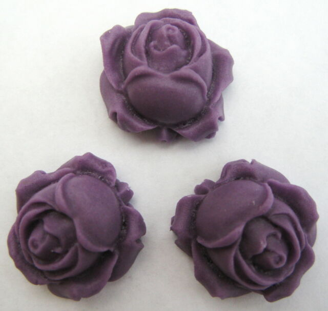 50 Purple ROSE BUDS Handmade Edible Sugar Cake Decorations toppers 2.5cm