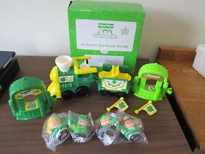Fisher-Price-Little-People-St-Patricks-Parade-Saint-Patricks-train-car-set-new