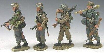 KING & COUNTRY WW2 GERMAN ARMY WS058 NEW FIGHTING PATROL MIB