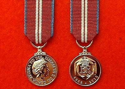 High Quality Official Queens Diamond Jubilee Miniature Medal QDJ Miniature Medal