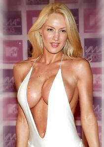 Sexy-Photo-8-25x11-75-Glamour-Model-Luciana-Salazar-White-Deep-V-Dress-007
