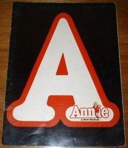 Annie-Musical-Theater-Program-1977-Sarah-Jessica-Parker-Shelley-Bruce-Theatre