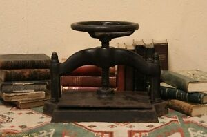 Victorian-Cast-Iron-1880-Antique-Book-Press