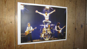 Freddie-Mercury-Queen-Flash-Live-on-Stage-Colour-POSTER
