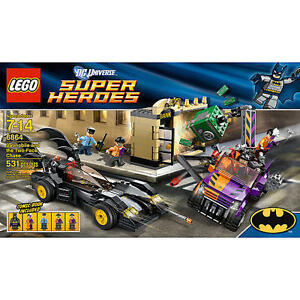 LEGO-6864-BATMAN-Batmobile-and-the-Two-Face-Chase-LEGO-SUPER-HEROES