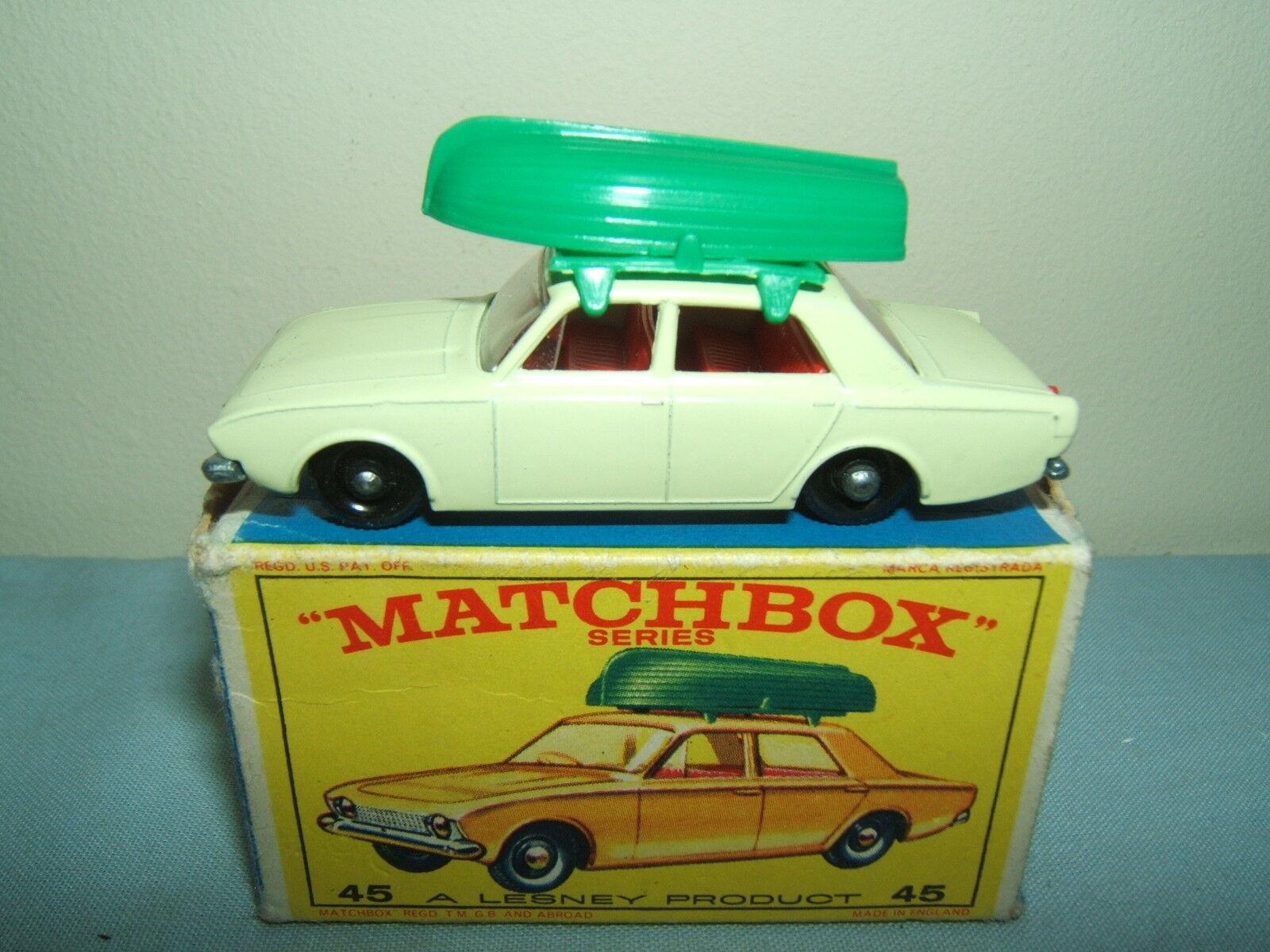 MATCHBOX  LESNEY No.45b         FORD CORSAIR AND BOAT                VN MIB