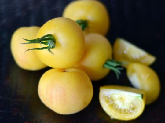 100 Tomato Garden Peach Seeds