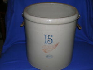 Red-Wing-15-gallon-stoneware-crock-w-handles-no-lid-1915-patent-date