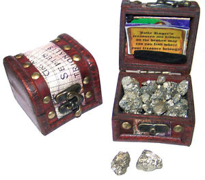 PIRATES-TREASURE-CHEST-FULL-OF-GOLD-new-pirate-box-item-fools-play-treasures-new