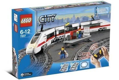 Lego Train:  7897 Passenger Train Nuovo Sealed