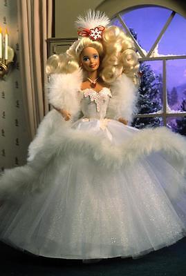 Happy Holiday 1989 Special Edition Barbie NIB