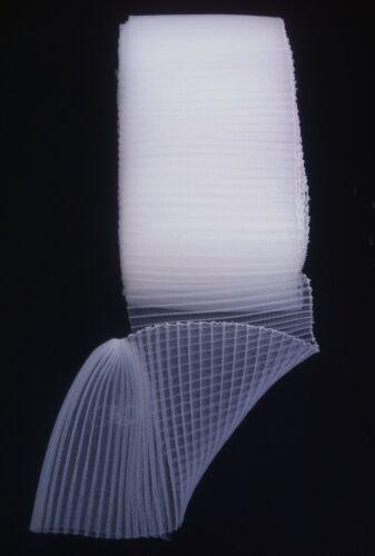 "6 /""w x 1 mtr plissé crinoline tissu hat making bibis Couture Coudre"