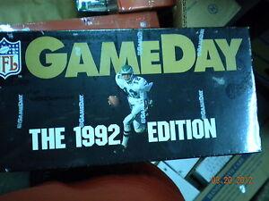 1992-GAMEDAY-FOOTBALL-FACTORY-SEALED-BOX-8