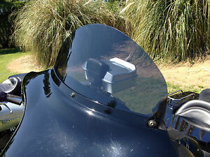 Harley-10-Windshield-Dark-Tint-Touring-Electra-Glide-Ultra-Classic-96-to-13