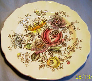 JOHNSON-BROTHERS-SHERATON-6-1-4-034-BREAD-amp-BUTTER-PLATE
