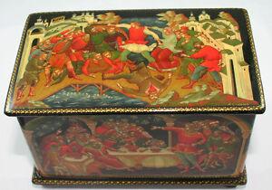 Beautiful-Russian-paper-mache-hand-painted-vintage-authentic-Palekh-Box-1995-art