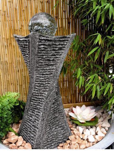 Wasserspiel Zierbrunnen Gartenbrunnen Brunnen Granit anthrazit Glaskugel 15cm