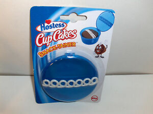 Hostess-CupCake-Holder-Blue-Plastic-Holds-1-CupCake-Snack-Tainer-New-gt-Free-To-US