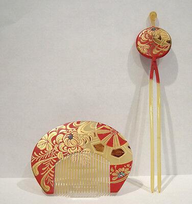 Beautiful Antique Japanese Kushi(comb) Kanzashi (Hairpin) Red Lacquered Set