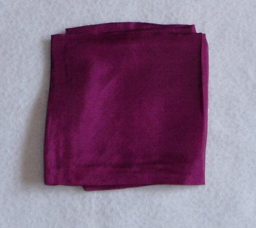 ca.55 x 55  div.Farben auswählbar Tuch pflanzengefärbt  öko Seidentuch