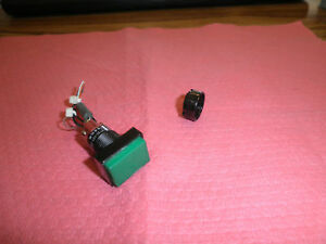 EAO-Model-31-121-025-Pushbutton-Switch-Green-Lamp-lt