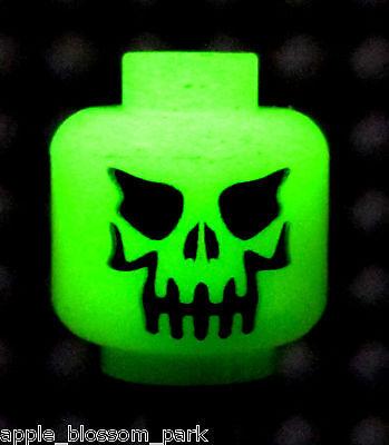 NEW Lego Glow In the Dark MINIFIG HEAD -Halloween Evil Skeleton Minifigure Skull